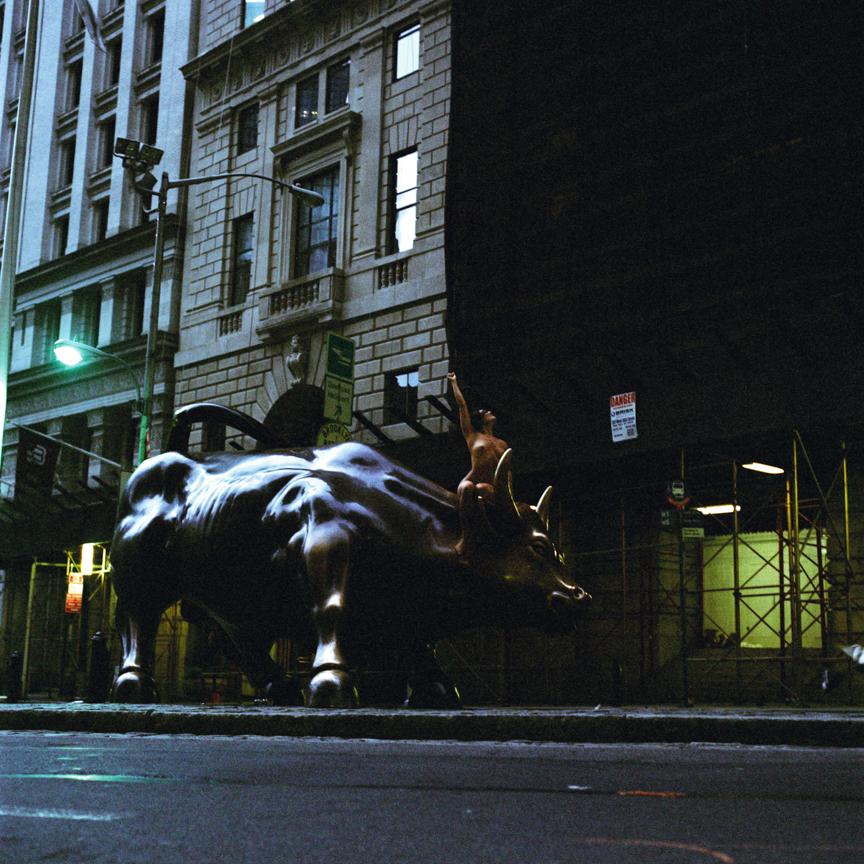 dilia jelen rides wallstreet bull